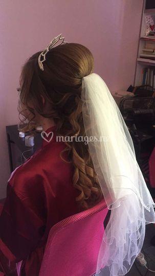 Coiffure lâché mariée