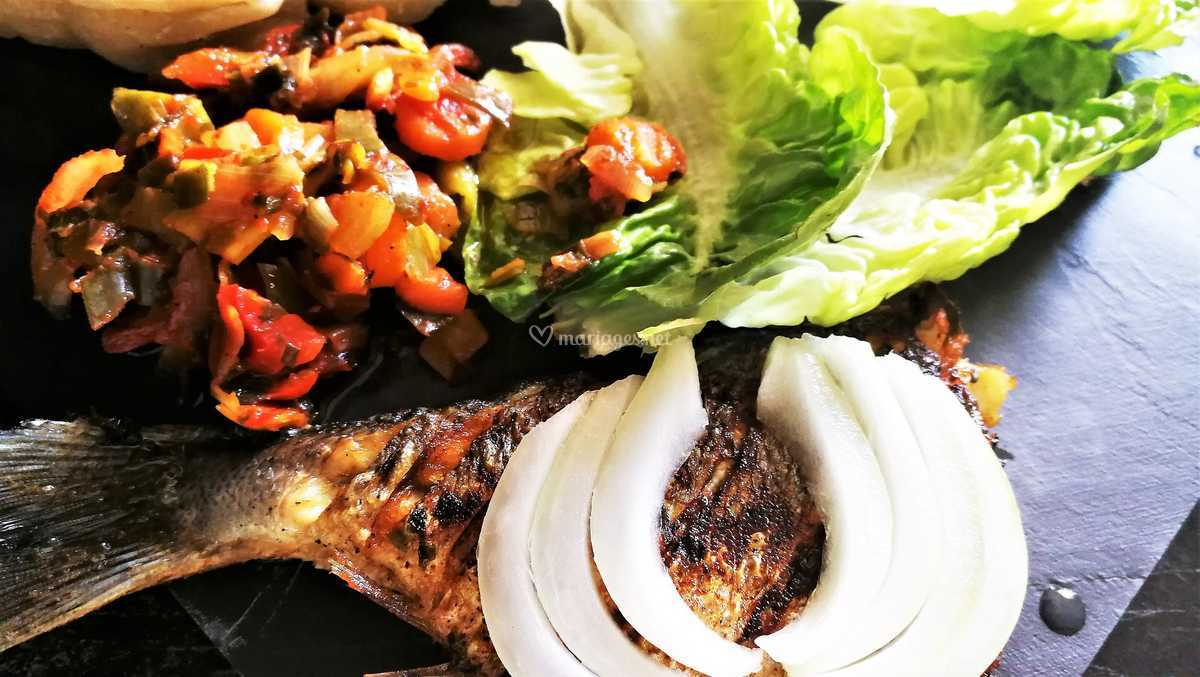 Poisson Et Son Cocktail De Legumes De Ma Cuisine Africaine Photo 3