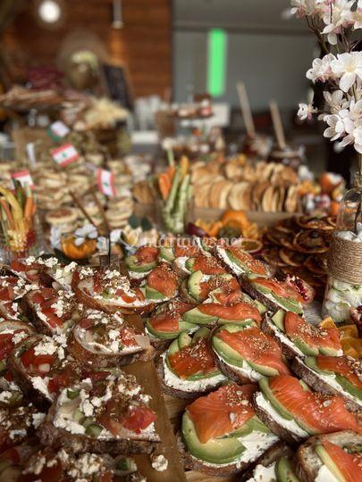 Zoom buffet brunch