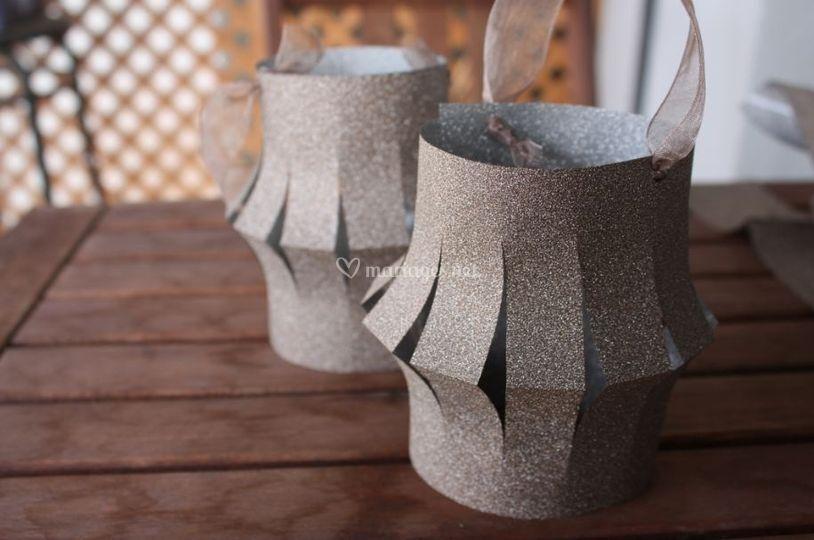 comment fabriquer des lampions en papier pour la d co de votre mariage. Black Bedroom Furniture Sets. Home Design Ideas