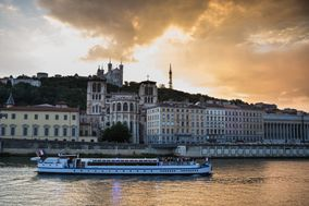 Lyon City Boat