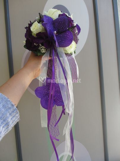 Violet blanc