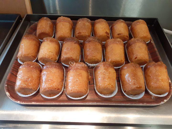 Baba au rhum French Desserts