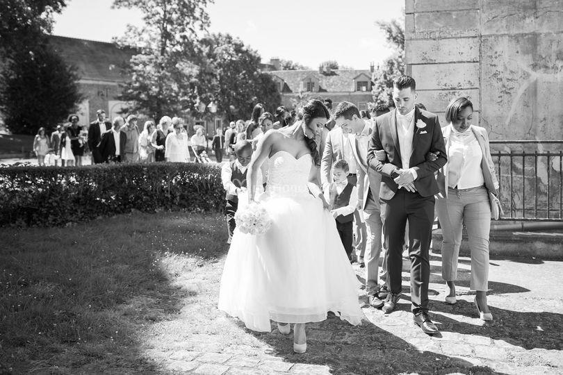Le cortège des mariés