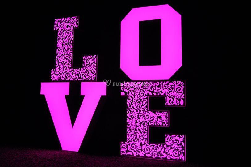 Lettres LOVE lumineux - 1 mètr