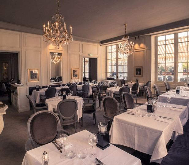 "Restaurant ""Louis"""