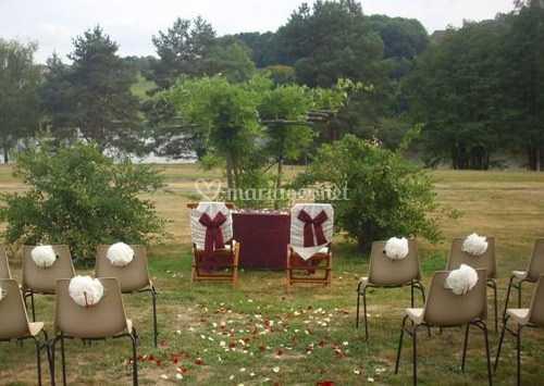 Mise en place pour la cérémonie