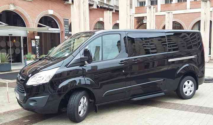 Ford Tourneo Custom 8 places