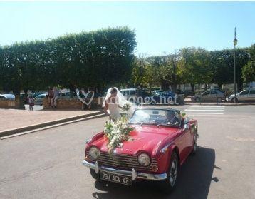 Mariée et Triumph rouge
