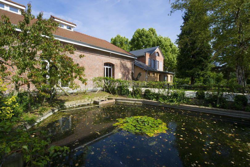 La salle et ses jardins