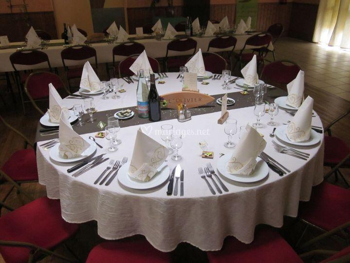 La rose des vents - Location de table ronde pour mariage ...