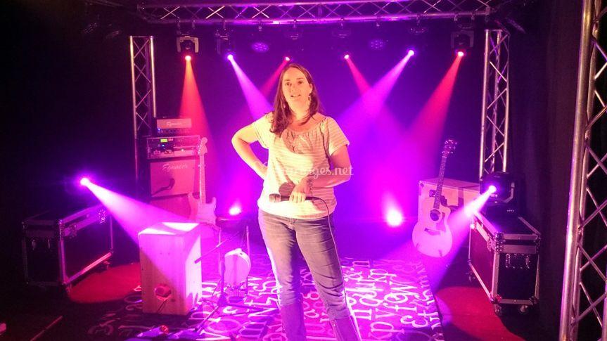 Claire la DJ