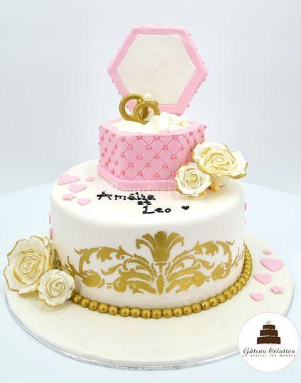 Gâteau fiançaille bague