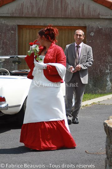 La mariée en rouge et blanc