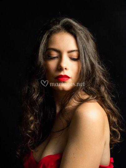 Maquillage avec bouche rouge