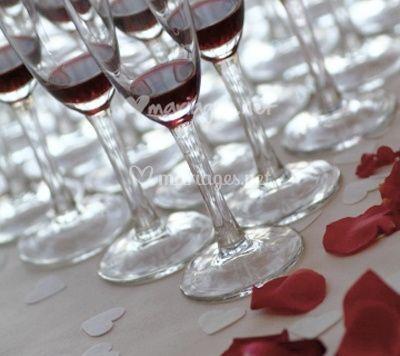 conseils pour choisir le vin de votre mariage. Black Bedroom Furniture Sets. Home Design Ideas
