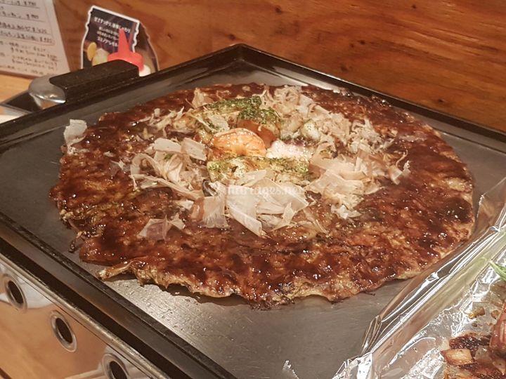Okonomiyaki, omelette Osaka