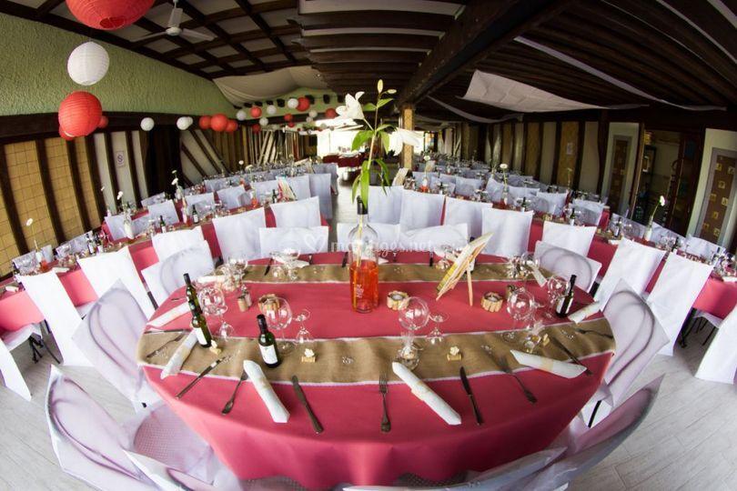 grande salle de mariage de h tel restaurant le caribou photo 1. Black Bedroom Furniture Sets. Home Design Ideas