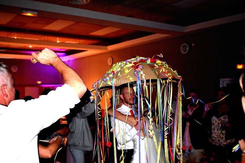Anim du Parapluie des mariés