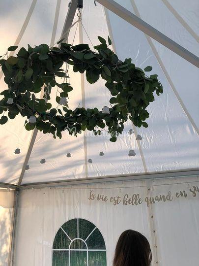Décoration toit chapiteau