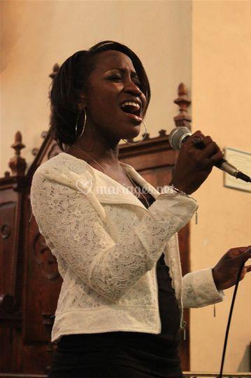 Sheila, chanteuse alto