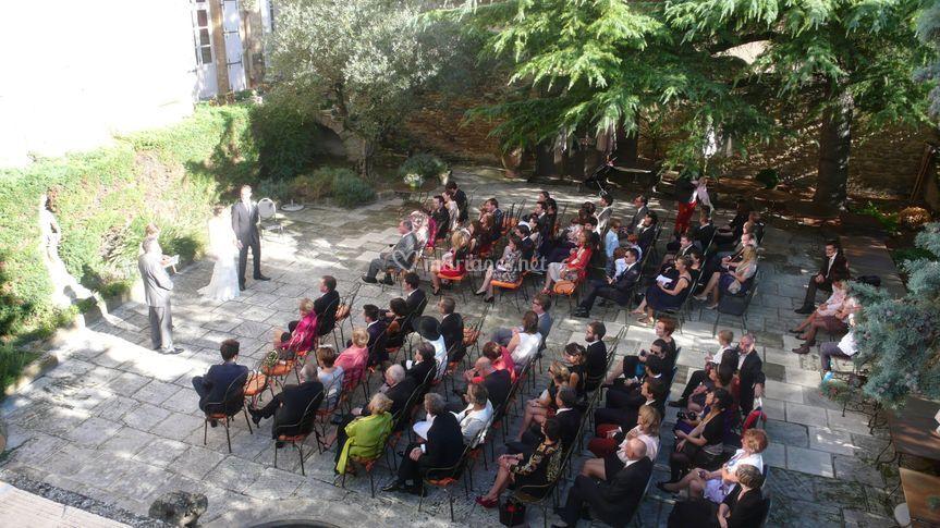 La cérémonie sur la terrasse