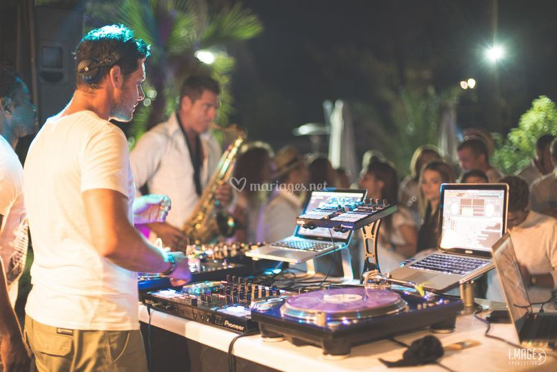DJ-SAX Julien