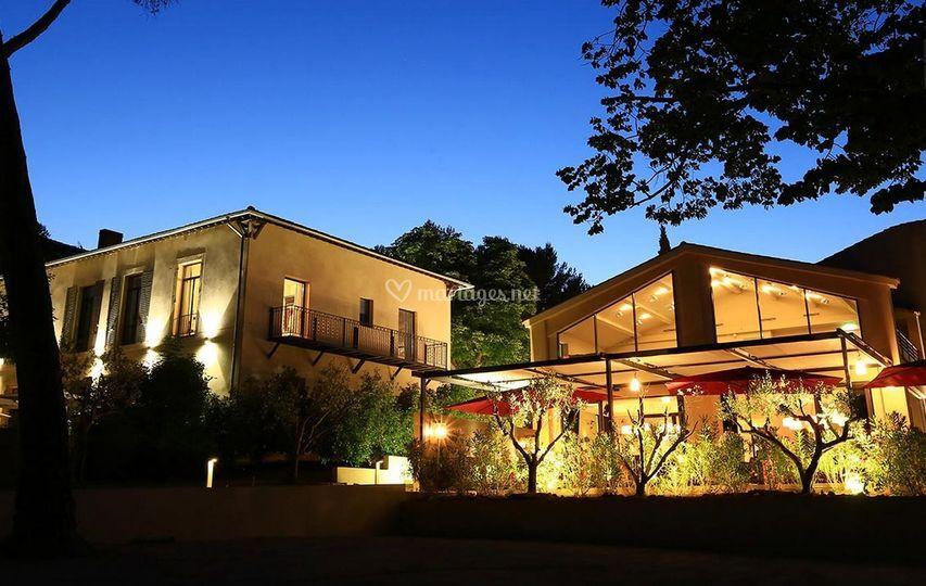Hôtel Les Lodges Sainte-Victoire