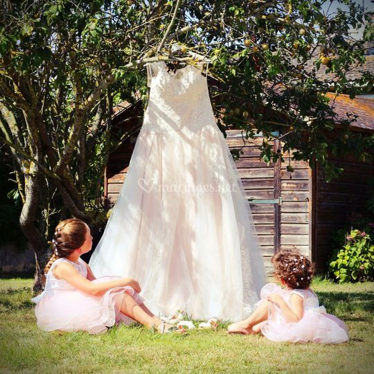 La magnifique robe de maman...