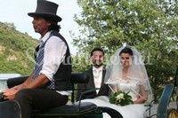 Mariés en calèche