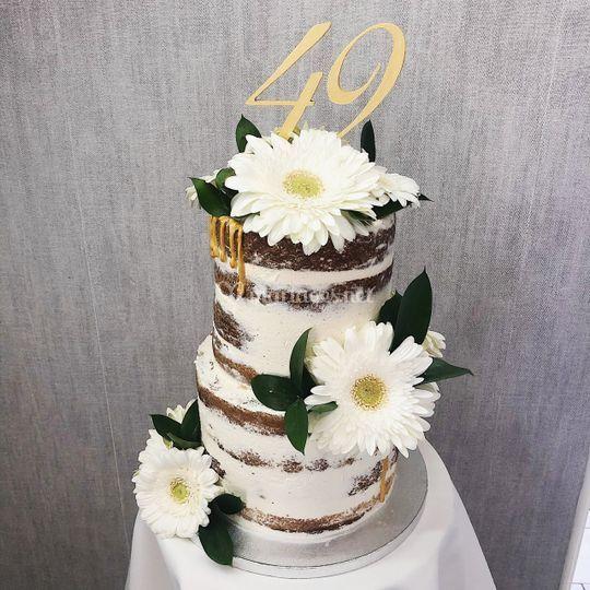 Un nude cake 40 parts
