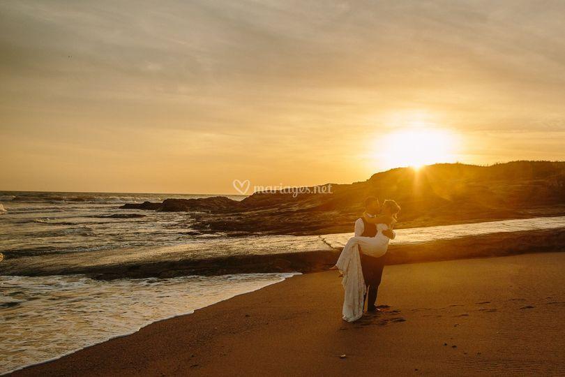 Coucher de soleil mariés