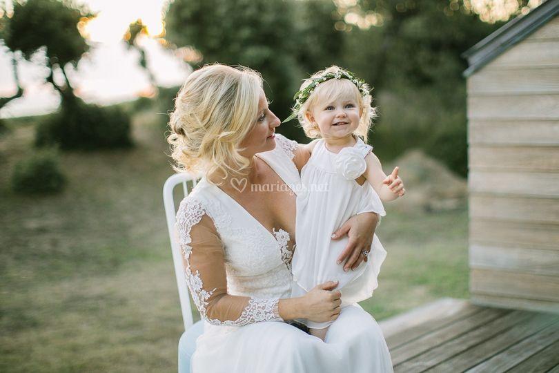 Portrait mariée et enfant