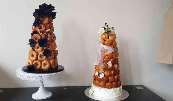 Croquembouche et pièce donuts