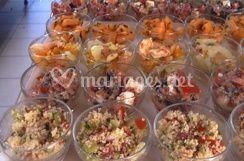 Entrées de salades composées diverses