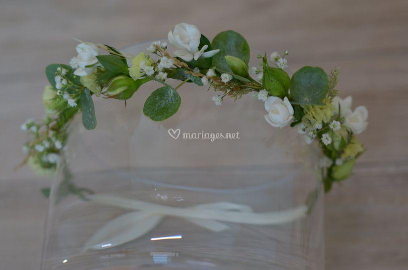 Couronne de fleurs champêtre