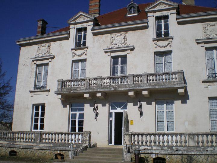 Au Chateau sur Restaurant-Traiteur Au Château