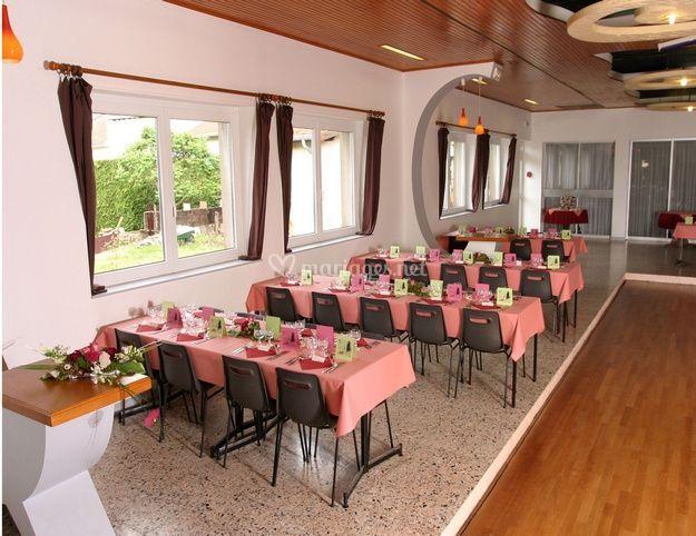 La table d 39 honneur de restaurant dancing bertrand photos - La cuisine de bertrand ...
