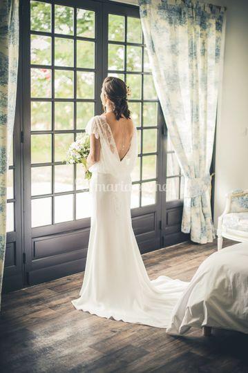 Mariée dans suite nuptiale
