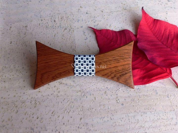 Noeud papillon en bois sapelli
