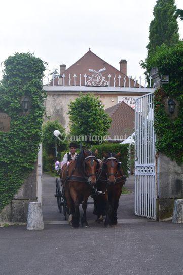 Mariage - sortie du château