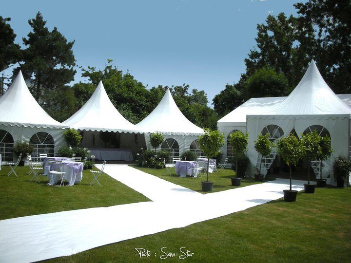 Organisation (Wedding planner) de votre mariage : Tentes de réception, traiteur, fleuriste,...