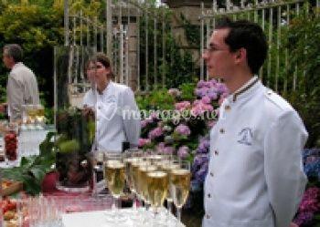 Cocktail devant Le manoir