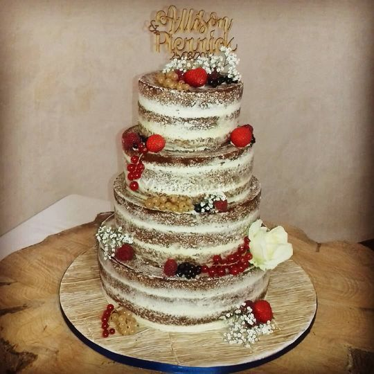Naked cake déco fruitée