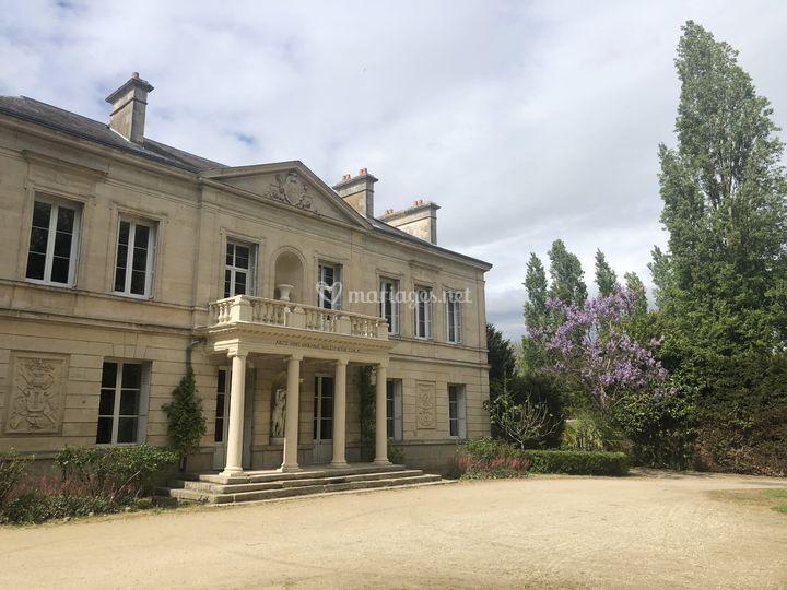 Le Château Des Requêtes
