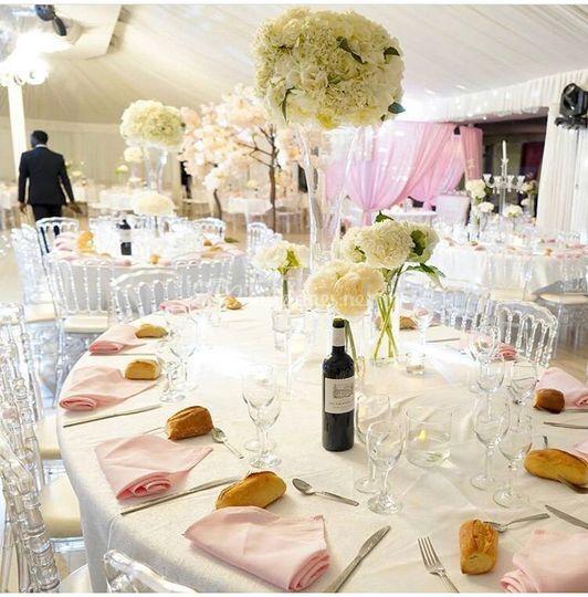 Table rose raffinée