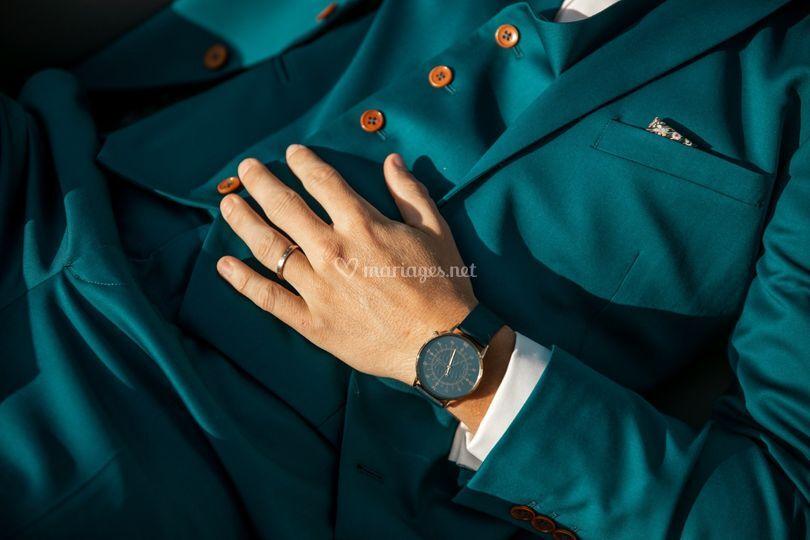 Costume bleu canard