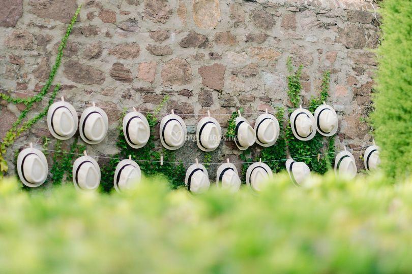 Mur de chapeaux - invités