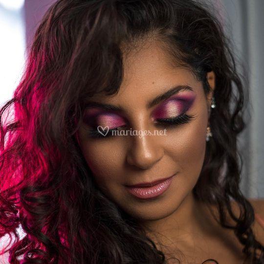 Cut crease pink