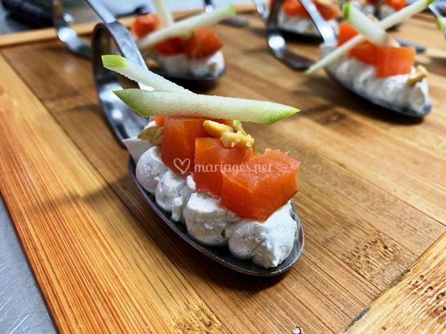 Zakouski roquefort saumon fumé